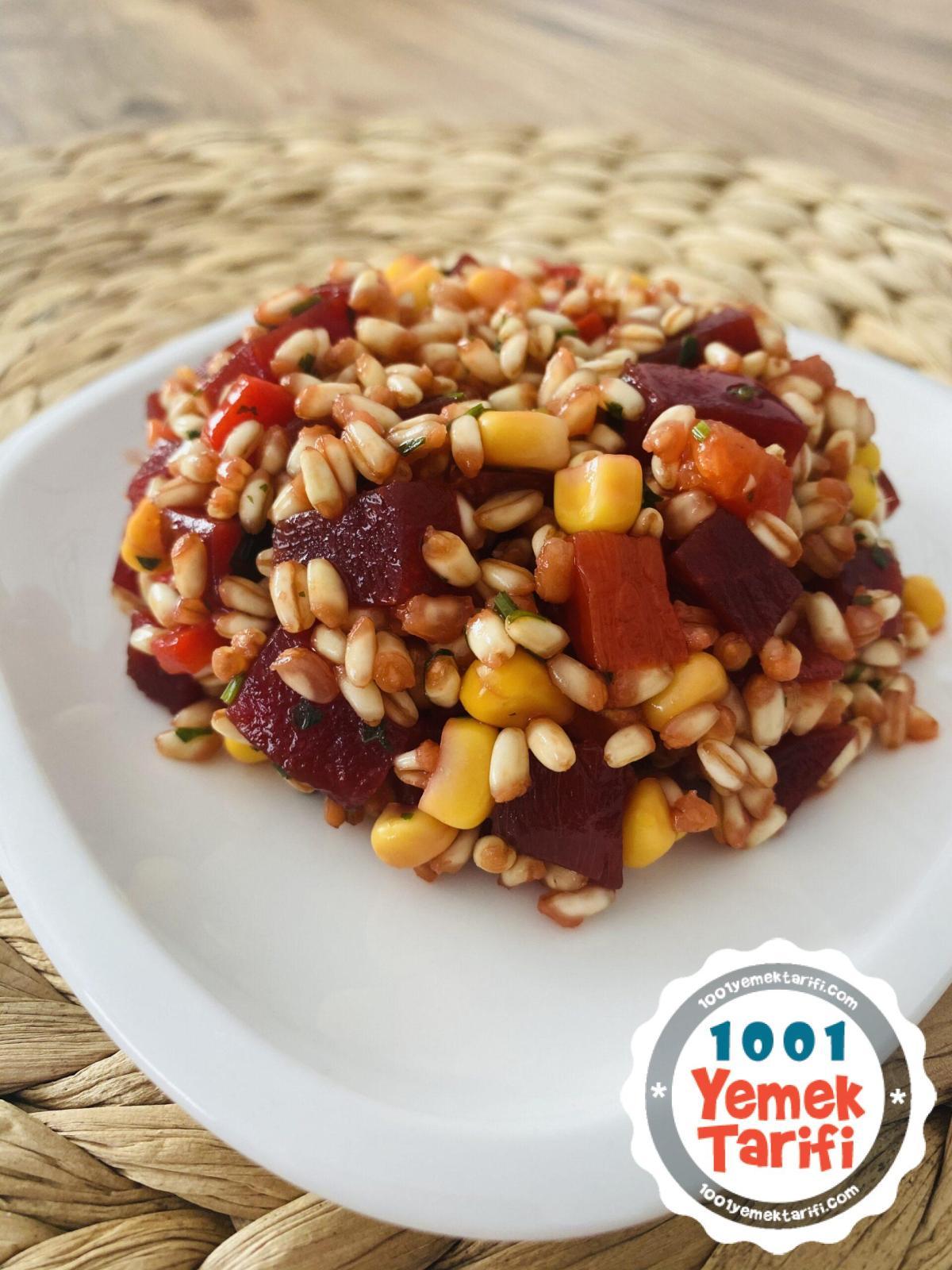 Pancarlı Buğday Salatası Tarifi