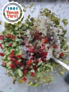 Avokado Salatası tarifi-nasıl yapılır-kaç kalori