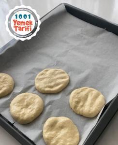Biberli Ekmek Nasıl Yapılır (fotoğraflarla)