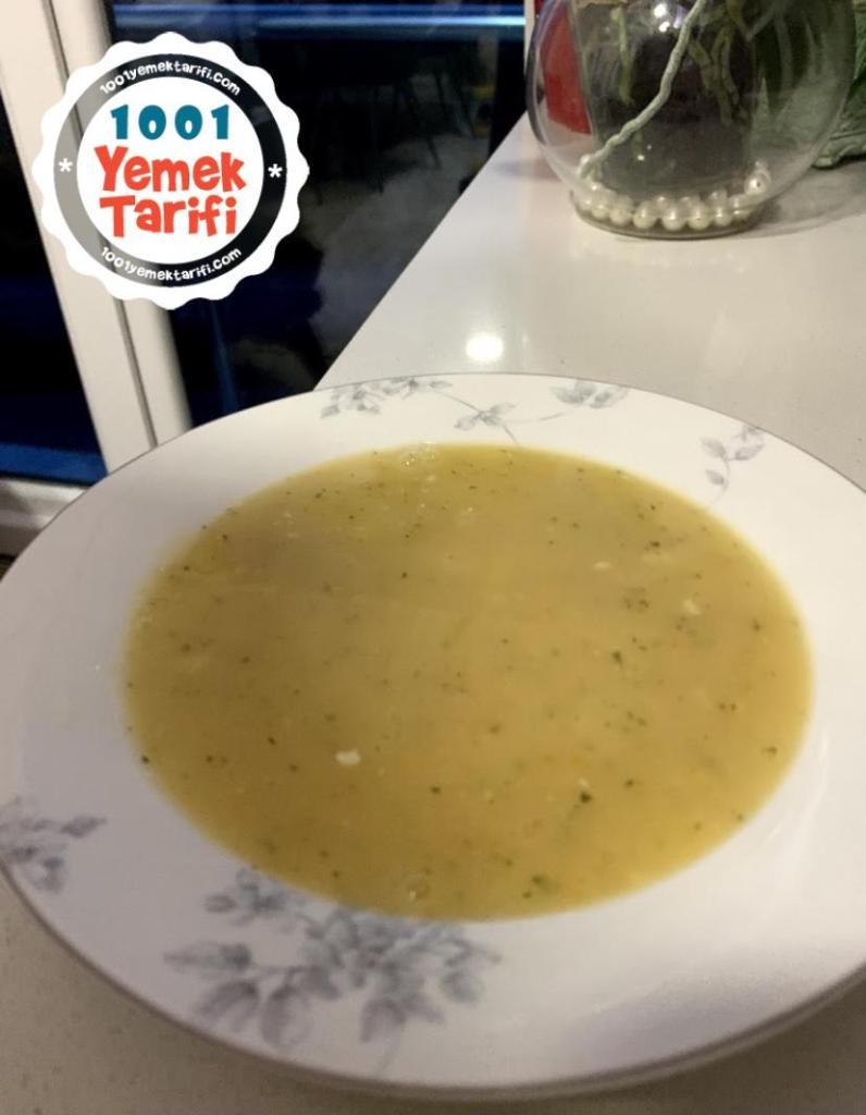 Peyniraltı Suyuyla Bebek Tarhana Çorbası