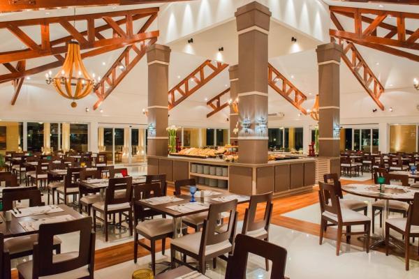 Restaurante-Golf-Grill-Wish-Resort-Golf-Convention