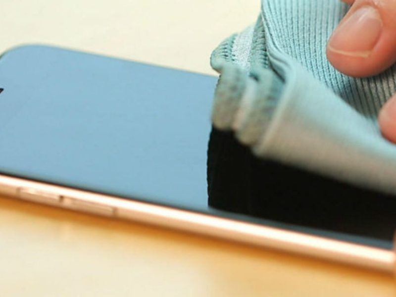 limpando a tela do celular