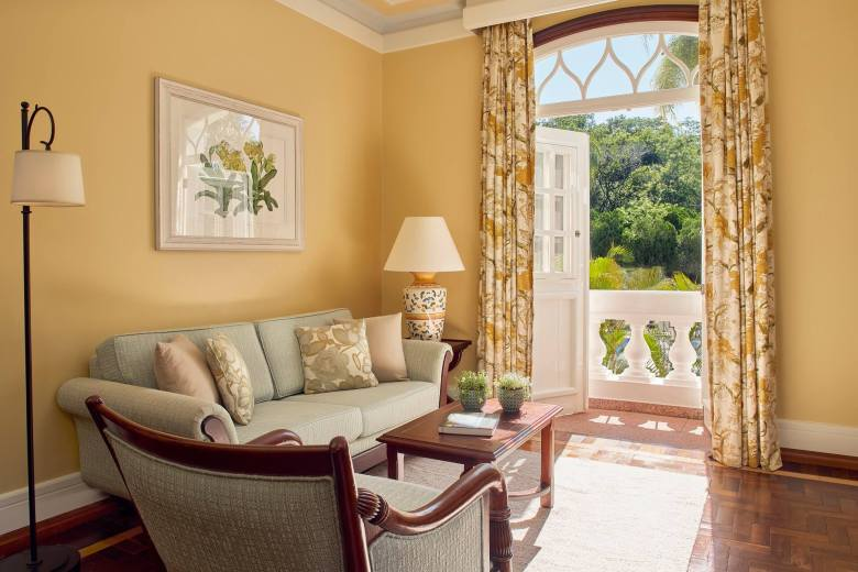 hotel-belmond-Master-Suite-living-room-foz