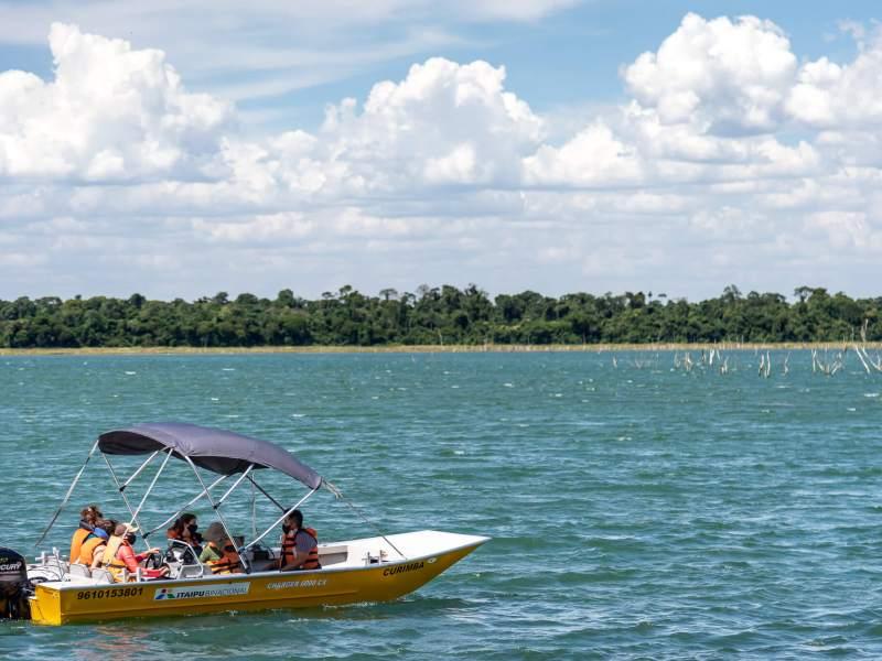 itaipu-tecnologia-equipamentos-plantas-aquaticas
