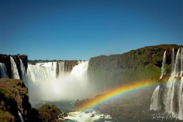 cataratas do iguaçu arco íris