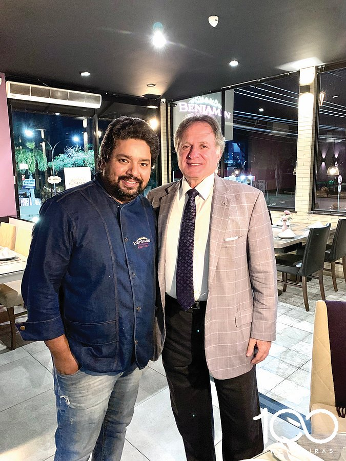 Philip Ivanki Stefanes e Almirante Anatalicio Risden, no Benjamin Gastronomia & Bistrô