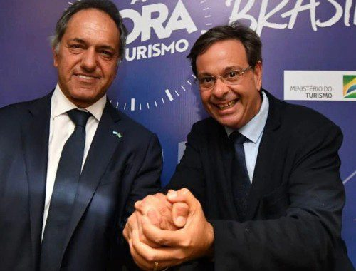 Embaixador argentino Daniel Scioli e o ministro do Turismo do Brasil, Gilson Machado Neto