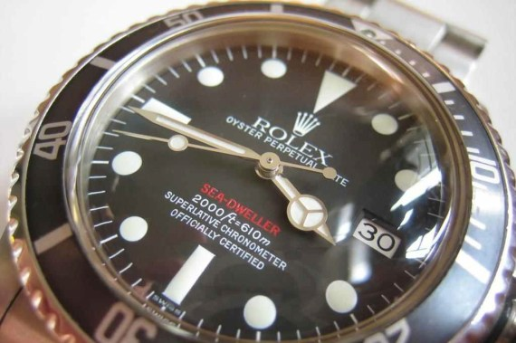 1665Red-MkV lumi dial-nbTimes1 2