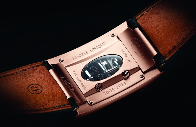 PFH340-1012700-HC3042_Bugatti_370_Mythe_FocusFond