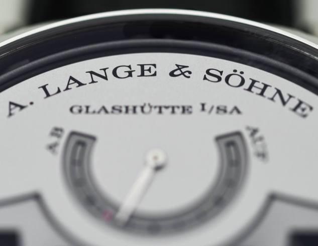 A-Lange-Sohne-Zeitwerk-Minute-Repeater-aBlogtoWatch-12[1]