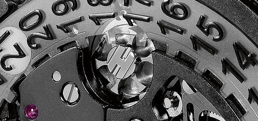 0-BDM-4252-hublot-king-power-unico-all-black[1]