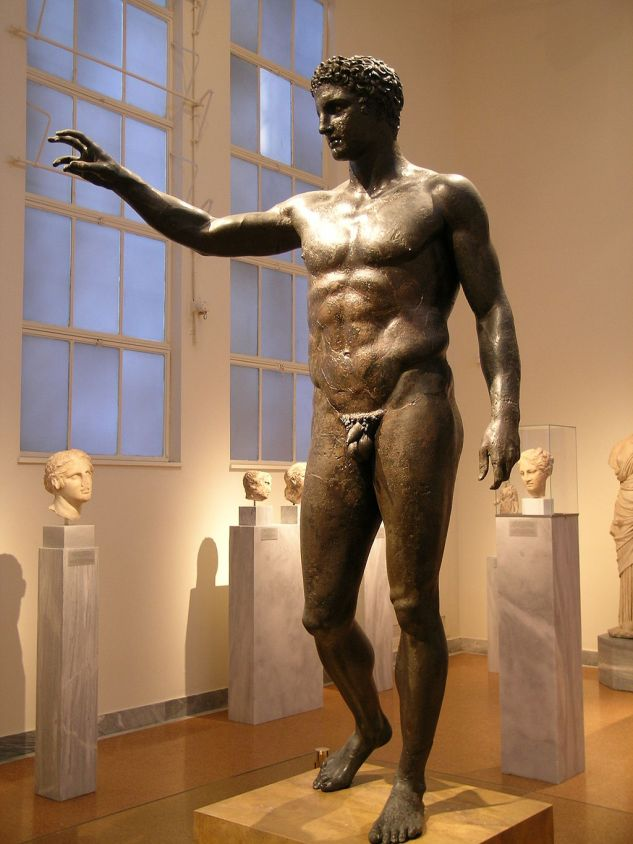 1024px-Antikythera_statue_front