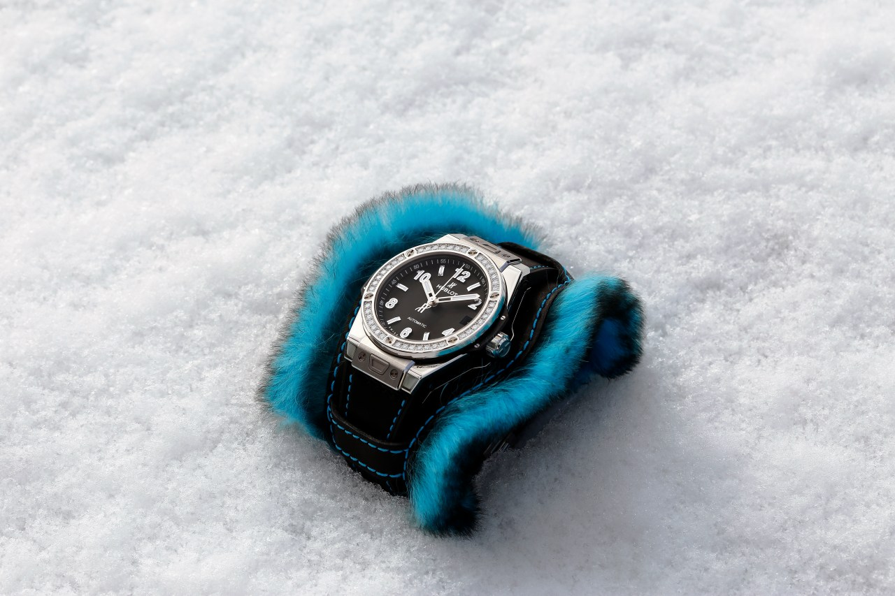 hublot_big-bang-one-clic-cuddly-cuff-ice-blue4