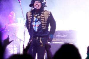 LIVE – ADAM ANT & The Good, The Bad & The Lovely Posse, Perth 01 April 2012