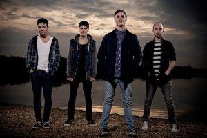 DON BROCO ANNOUNCE DEBUT ALBUM 'PRIORITIES' AND NEW SINGLE 'ACTORS'