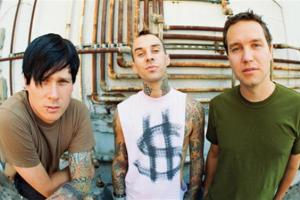 BLINK 182 MELBOURNE AND BRISBANE SHOWS SOLD OUT IN MINUTES!