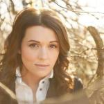 TONIGHT – Brandi Carlile performs on Late Night with Jimmy Fallon