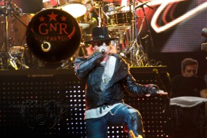 Live – Guns n' Roses, with ZZ Top and Rose Tattoo, Perth, 9th March 2013