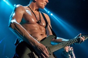 INTERVIEW: PHIL COLLEN – January 2018