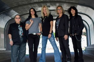 10 Quick Ones with GARRY PETERSON of THE GUESS WHO – October 2018
