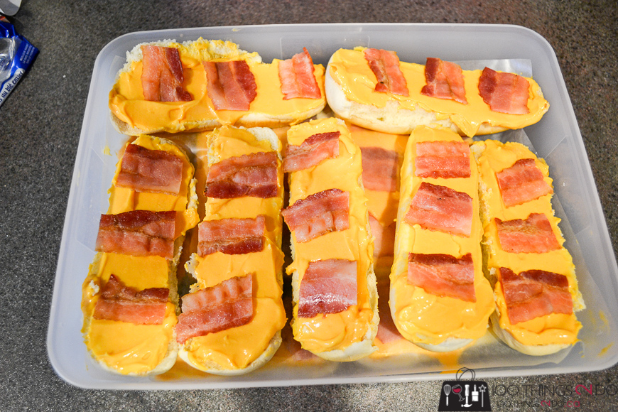 Cheese and bacon buns, cheese and bacon, cheese & bacon, easy snack, cheez whiz