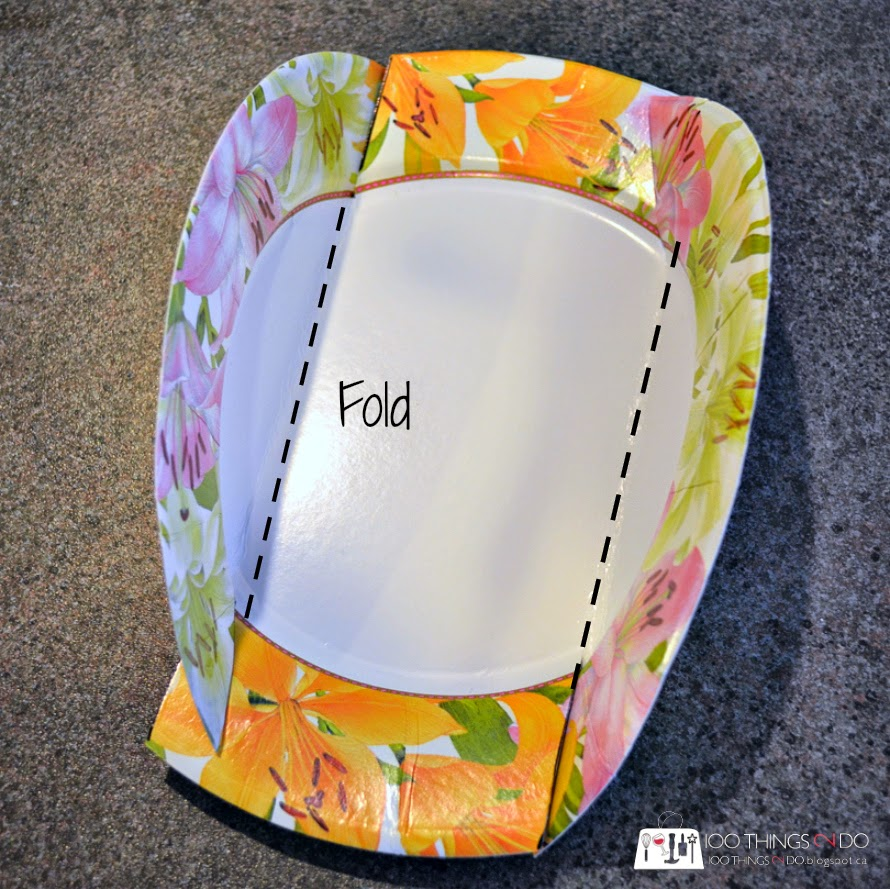 Create a cookie box from a paper plate