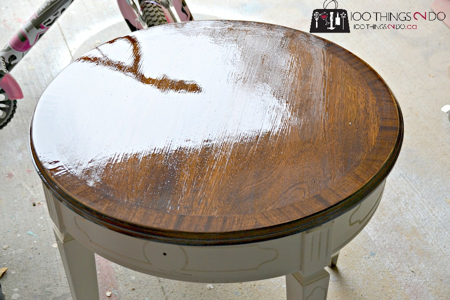 Side table makeover, round side table, accent table, round accent table, accent table makeover, small table makeover, refinished side table