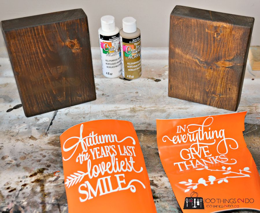 Create warm Autumn decor by using scrap wood, a bit of stain and your favourite fall quote.