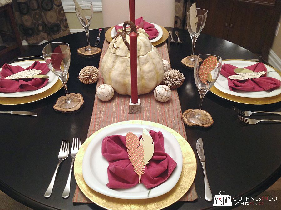 Tablescape for fall. Fall decor ideas - dining room