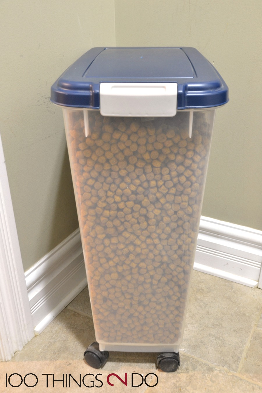 Dog food container, pet food container, personalized pet food, Silhouette application