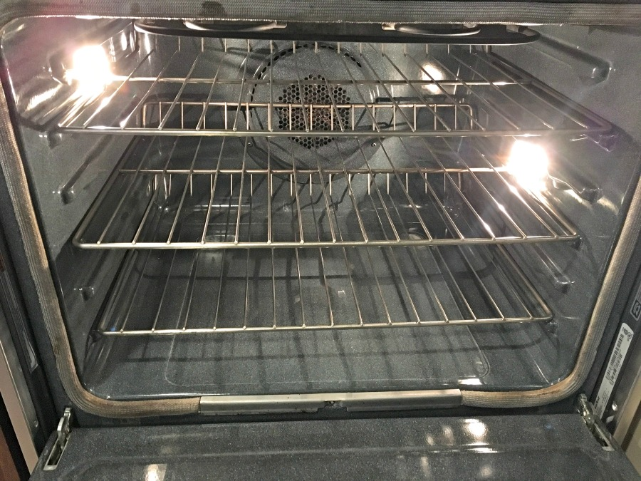 Ovenclean, cleaning the oven, clean your oven, oven cleaner, clean oven, best oven cleaners