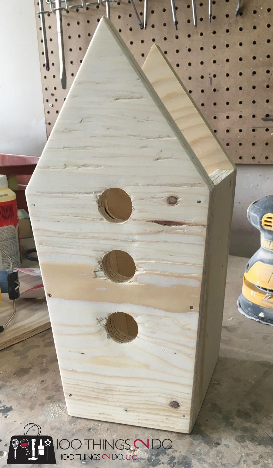 Birdhouse display, birdhouse decor, birdhouses on post, front porch decor, Spring front porch, National DIY Day, Craftbox Girls