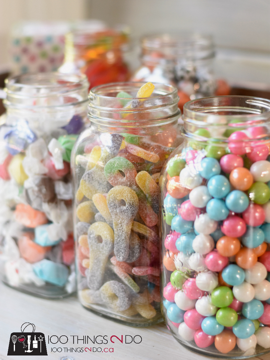 Candy bar, candy buffet, candy display, candy loot bags, treat bags