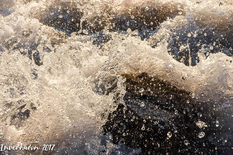Waves, crashing waves, Cottage living, Inverhuron, Lake Huron, beach, Kincardine, summer vacation