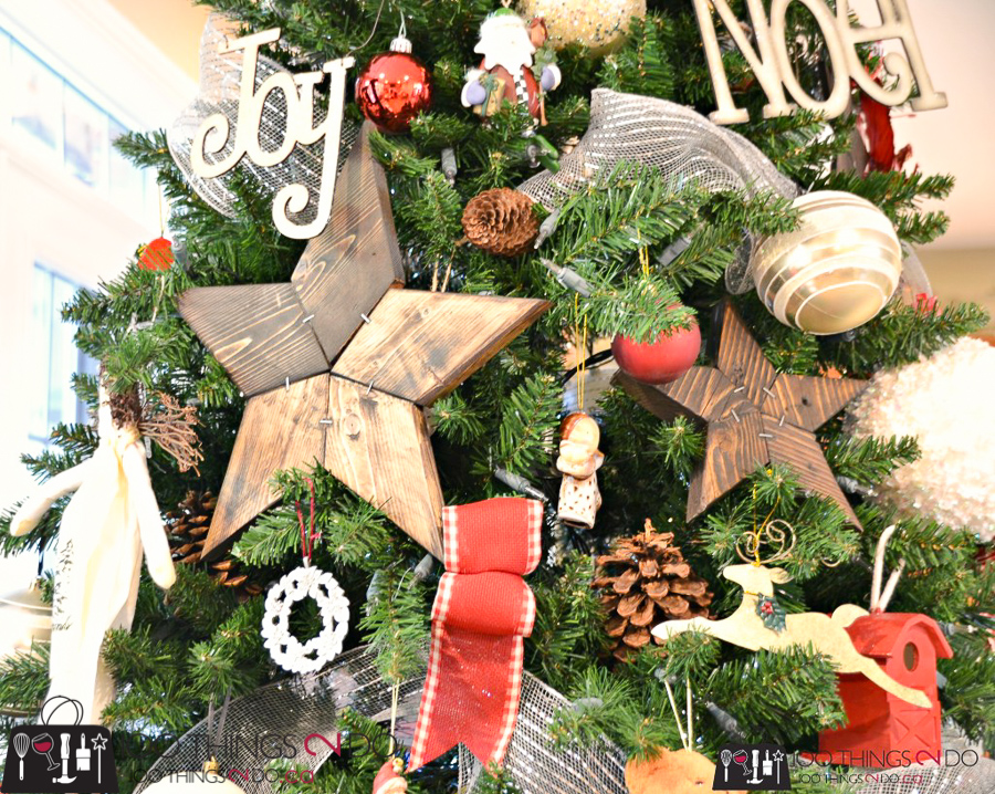 20 Simple Christmas DIYs, wooden stars, patchwork stars, Christmas DIY, Easy Christmas crafts, DIY Christmas decor