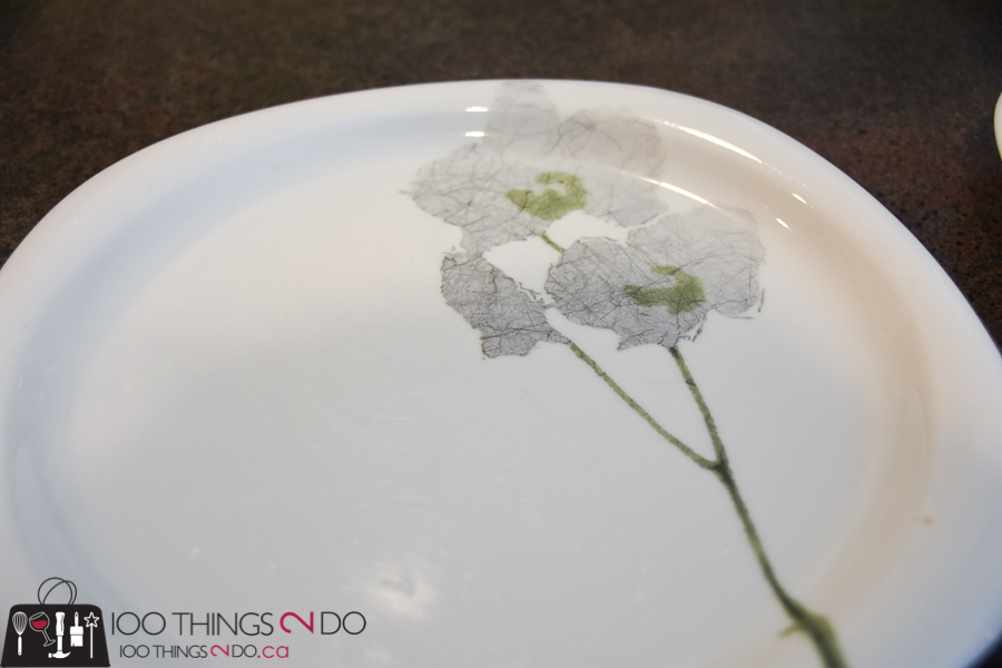 How to clean dishes, how to clean cutlery scuffs off of dishes, cutlery scuffs, cleaning china