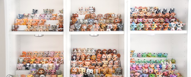 Simple toy display, tiered toy shelves, toy display, littlest pet shop display