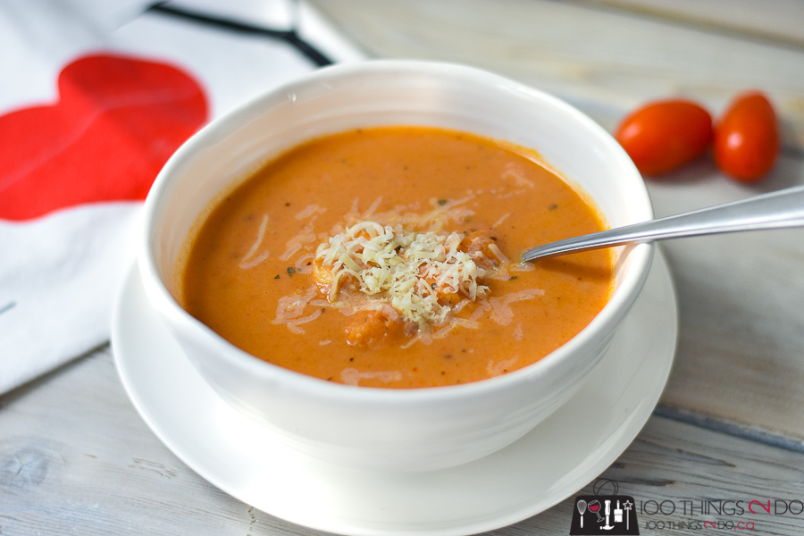 Cream of tomato soup, cream soup, hearty soup, tomato soup, best tomato soup, creamiest tomato soup