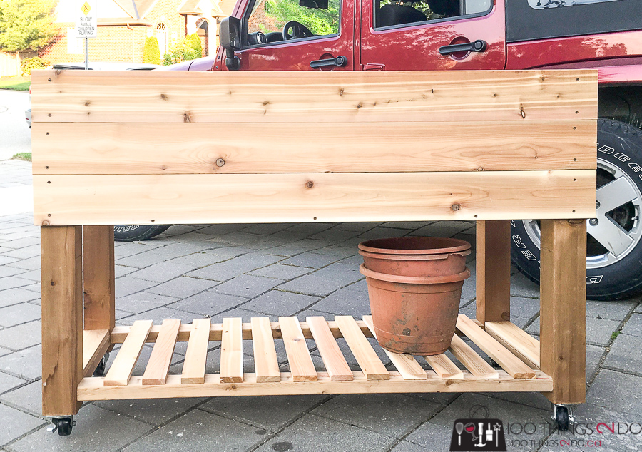 DIY raised planter, DIY raised garden, building plans for raised garden, garden box on wheels, portable raised planter