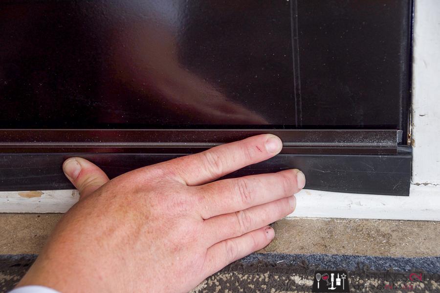 Attaching Cinch door sweet to the base of front door