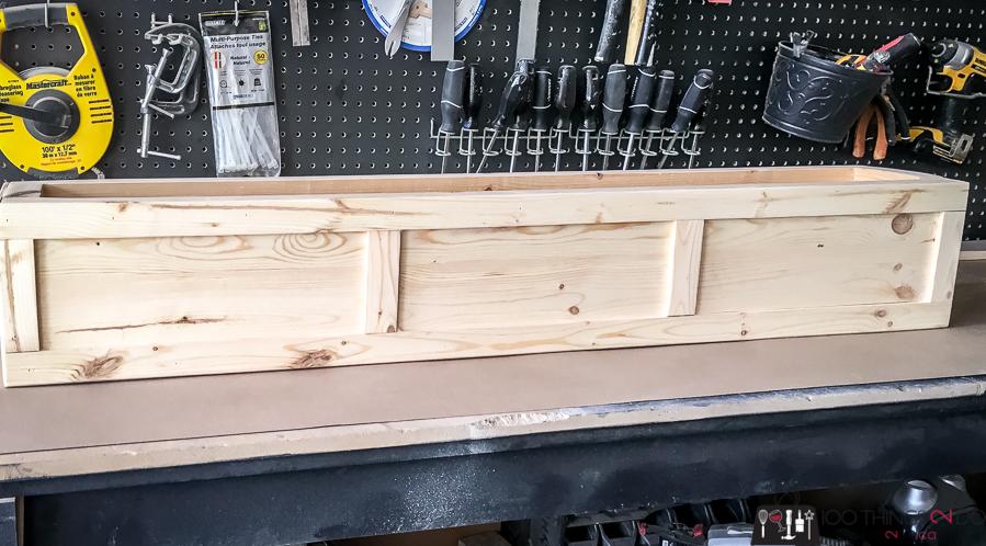 Window box, DIY window box, scrap wood window box