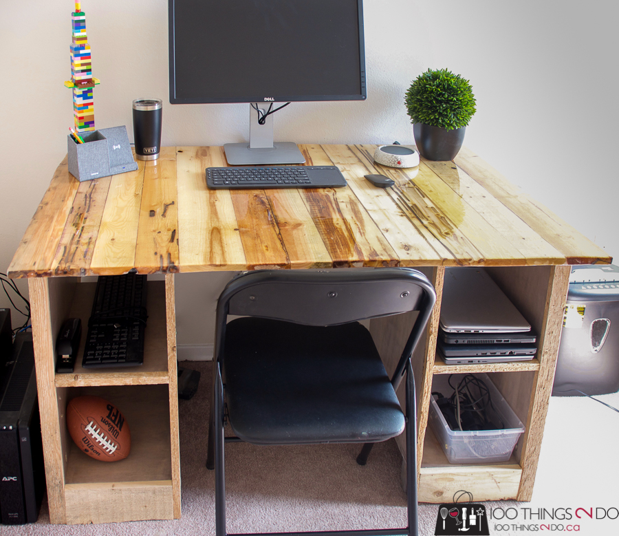 Pallet board desk, barn board desk, TotalBoat Epoxy Resin