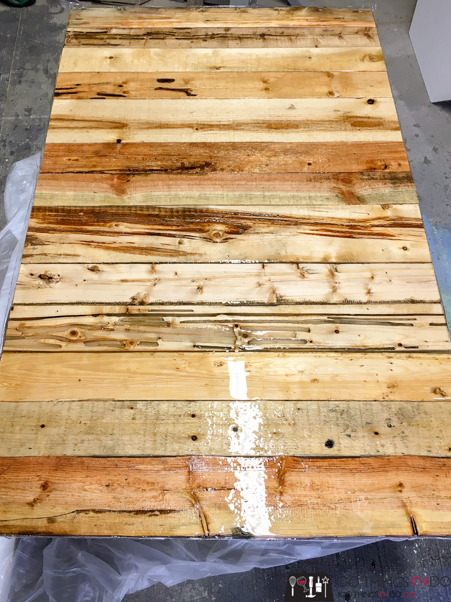 Epoxy resin pour over barn boards / pallet boards