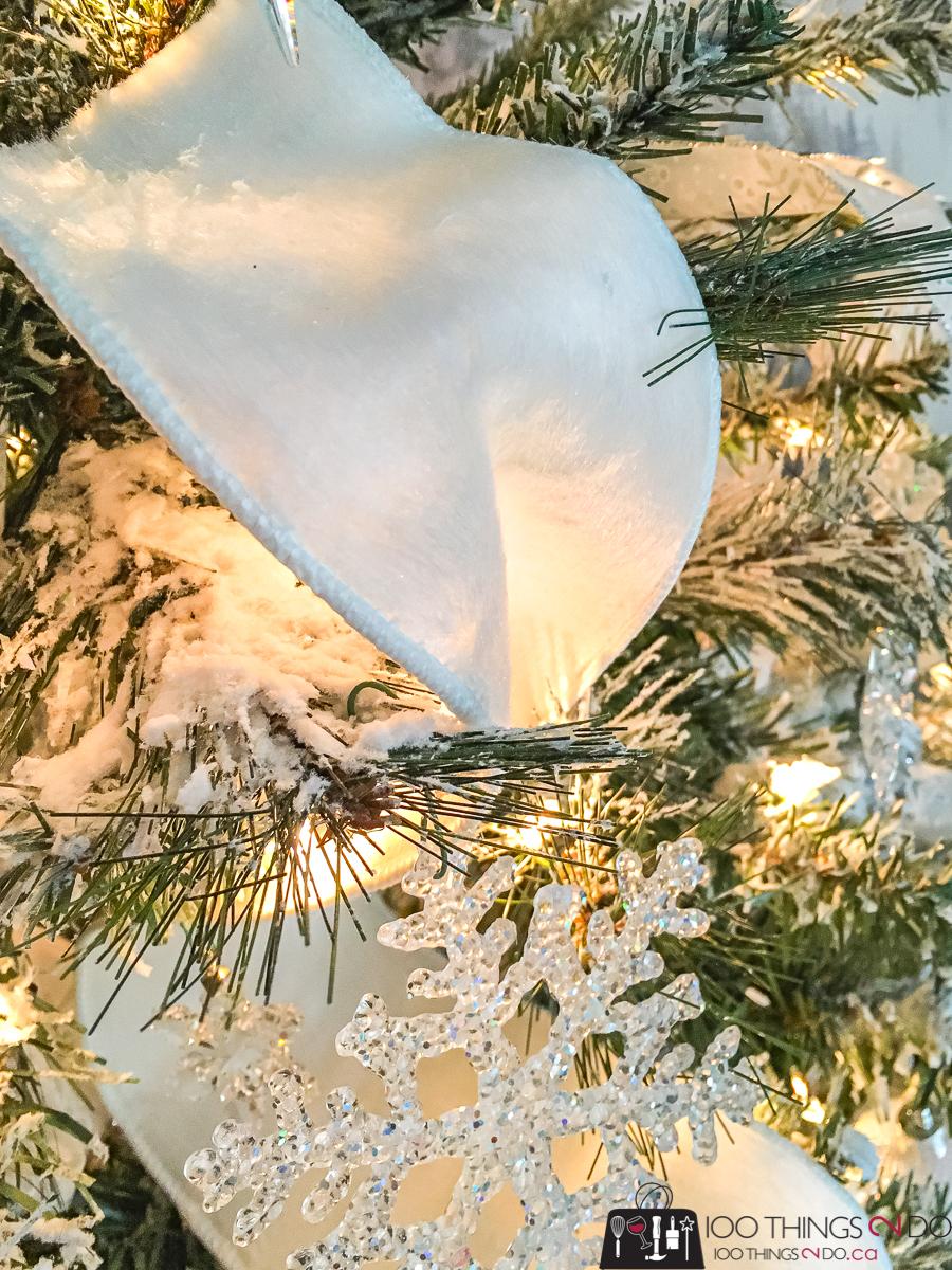 white ribbon on Christmas tree