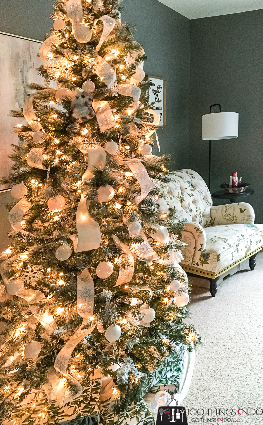 Christmas tree in the bedroom