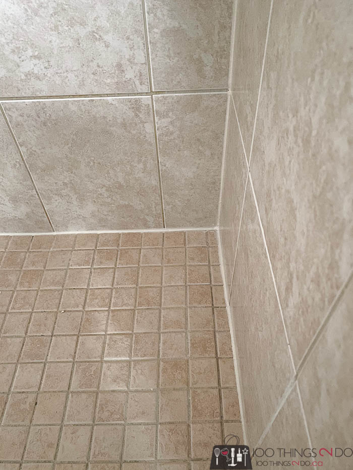 Re-caulking your shower, how to caulk your shower