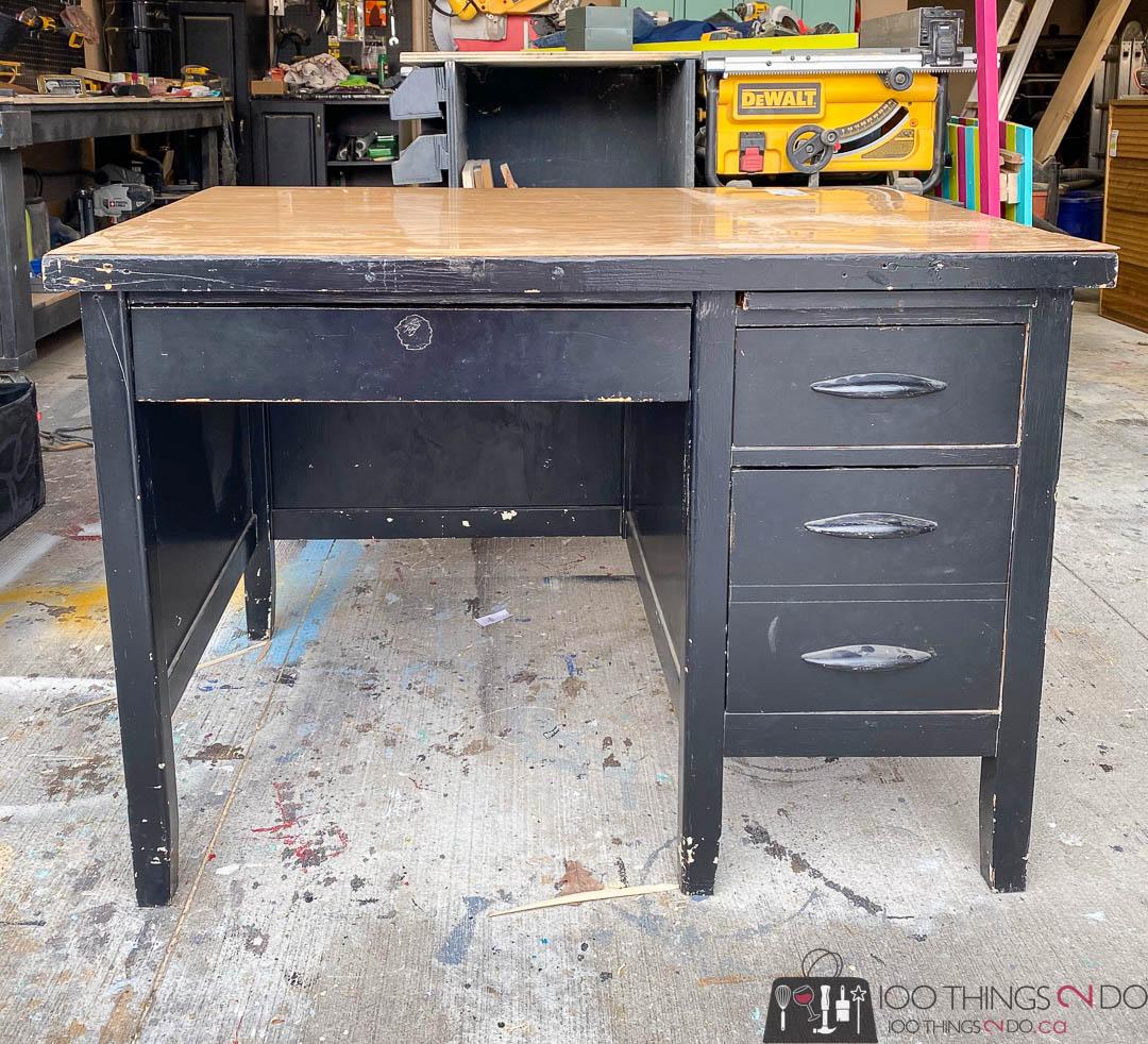 desk before, black desk, teacher's desk