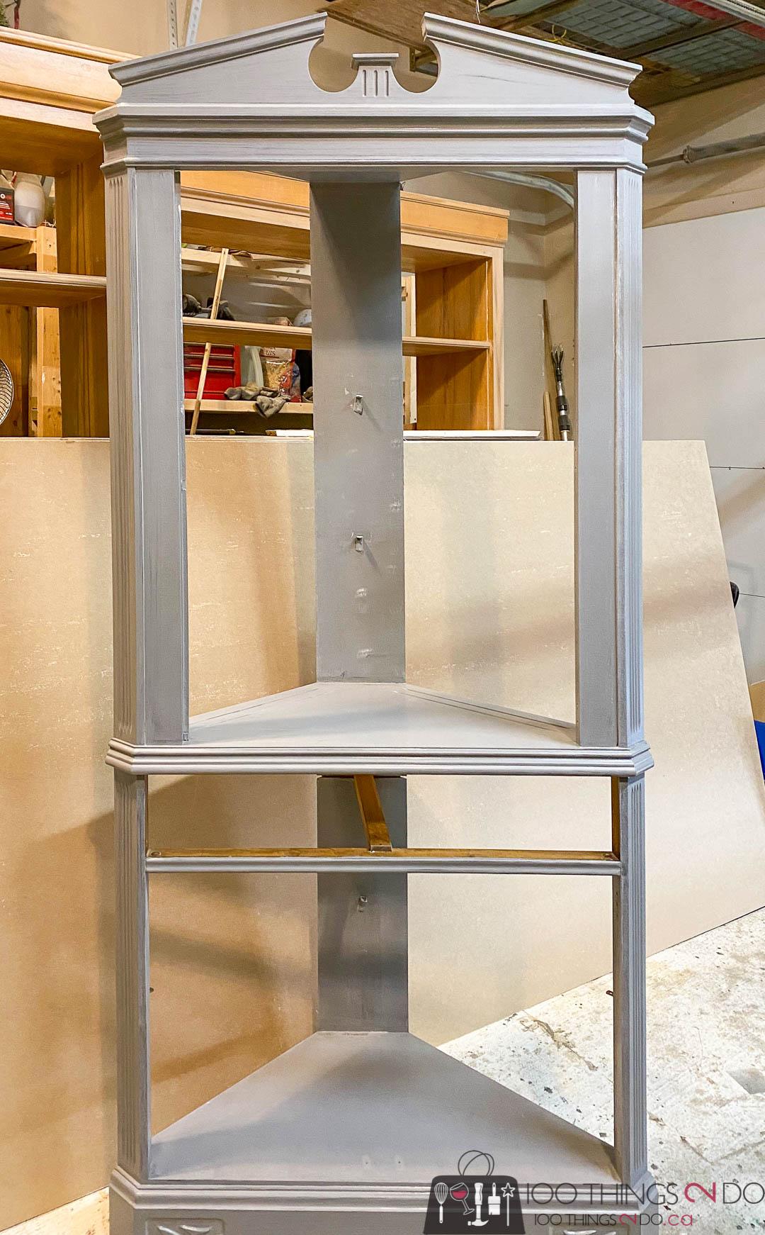 priming a corner cabinet