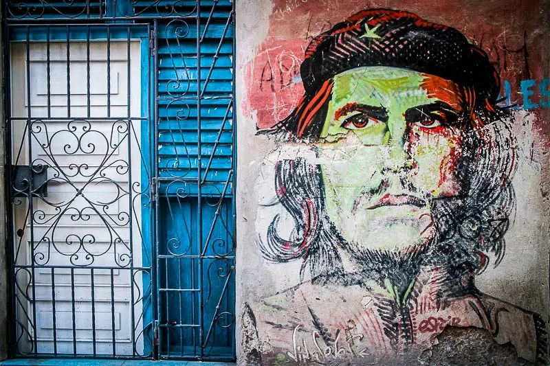 Che Guevara wall painting