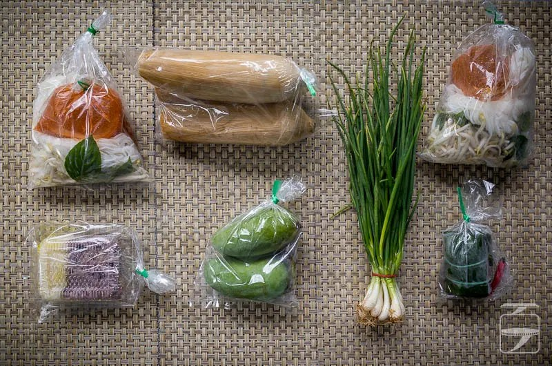 10 Thai Bhats Food